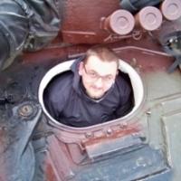 Meczykowski-w-czołgu-300x224